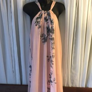 BNWT beautiful maxi dress